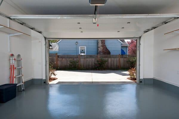 Garage floor epoxy cost for concrete homes